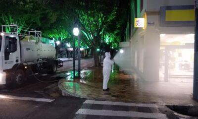 Em Poços: Higienização das ruas é intensificada e ampliada