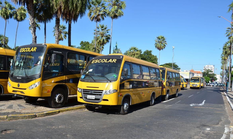 Câmara aprova uso do transporte escolar por profissionais da saúde