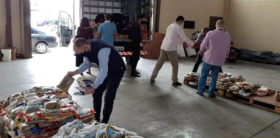 """Banco de Alimentos recebe 3,6 toneladas de mantimentos arrecadados no """"Chope Solidário"""""""