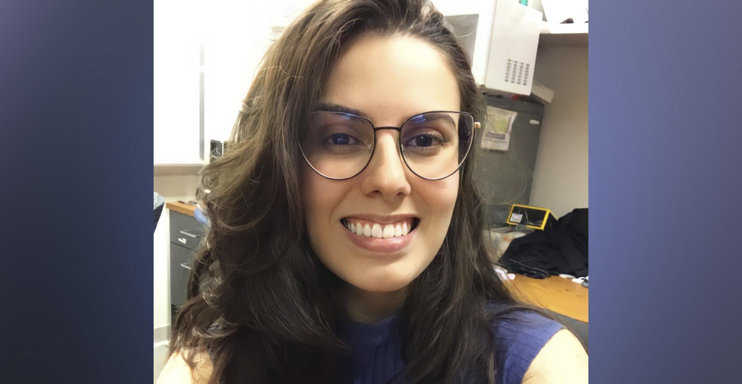 Tássia Venga Mendes